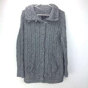 Zara knit grey chunky button-up sweater